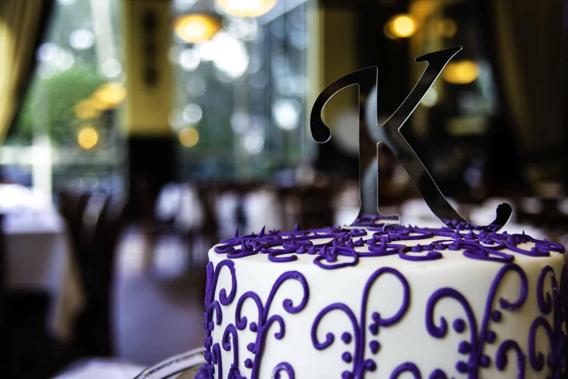 Beautiful Wedding Cake at 310 Lakeside