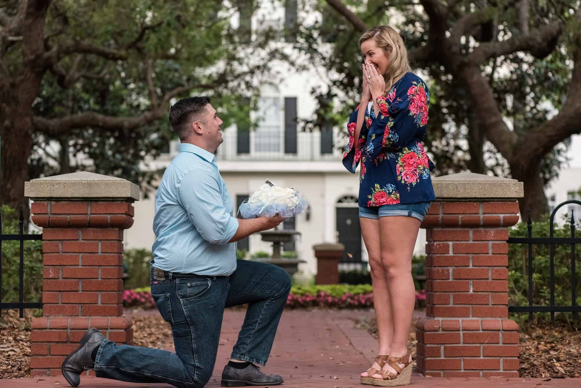 Surprise Florida proposal by a fountain