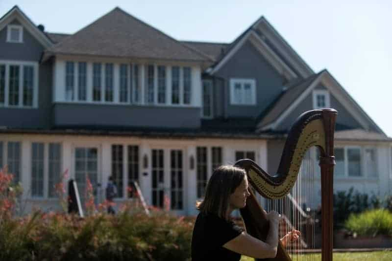 Harpist outdoors in Winter Park Florida