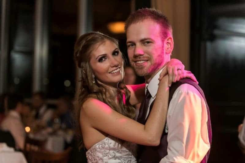 310 Lakeside Wedding Reception