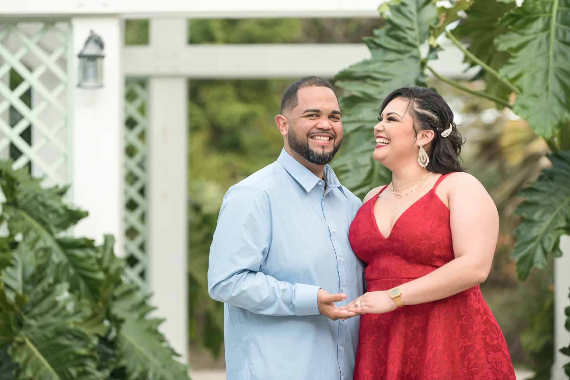 Enjoy your Engagement Photos in Leu Gardens