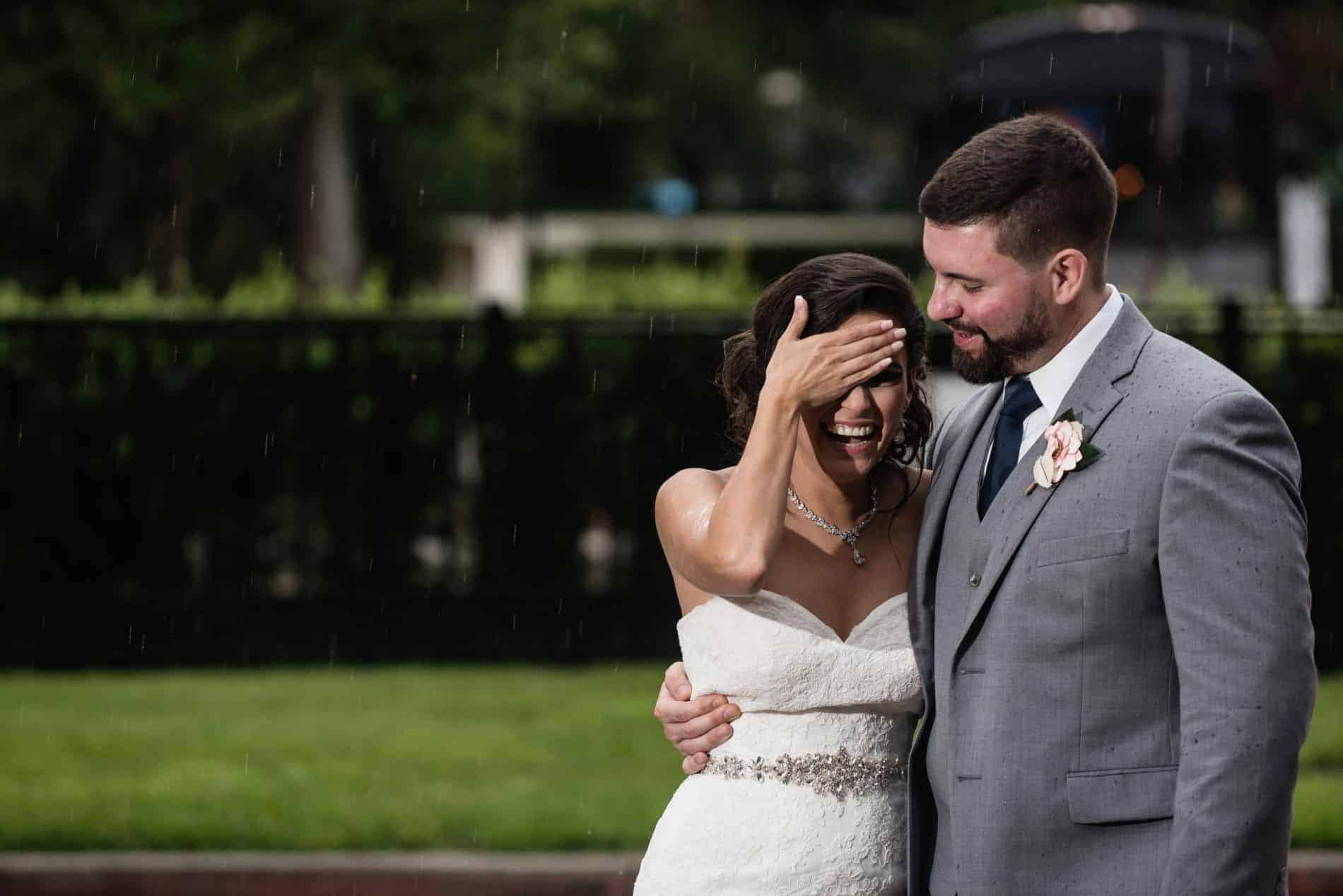 5 Pro Tips for Wedding Planning During a Crazy Florida Hurricane Season