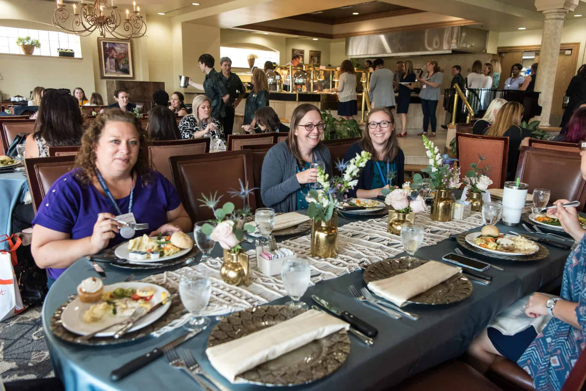 Conference Attendees enjoy lunch at the Summit.