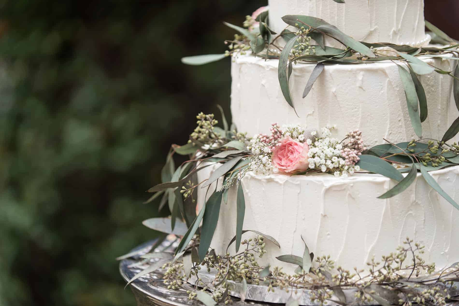Wedding Cake Provided by Cake Designers